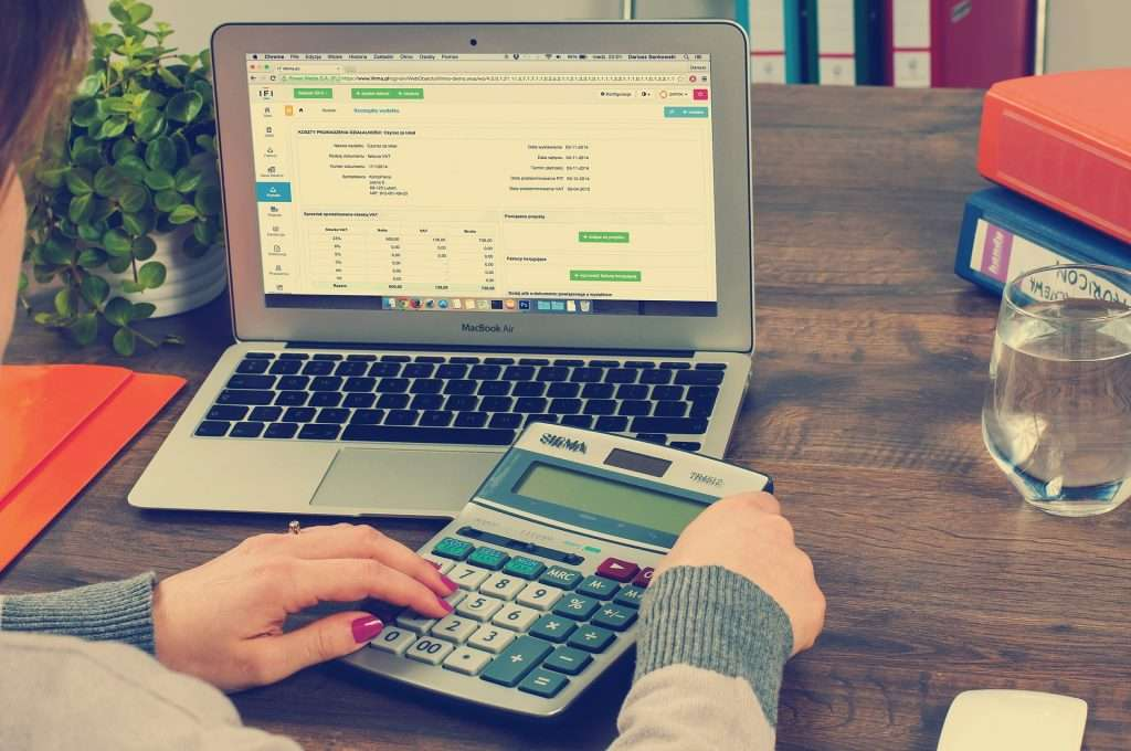 Five Reasons Why SMB's Should Hire an Upper Valley Payroll Service 10